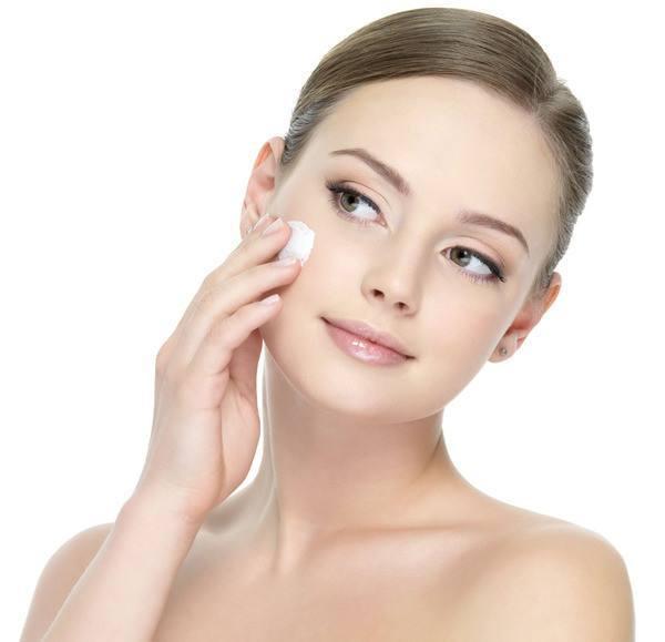 脸部皮肤薄怎么办_敏感性红血丝皮肤表皮层薄,缺乏对紫外线的防护,更加容易老化,一年四