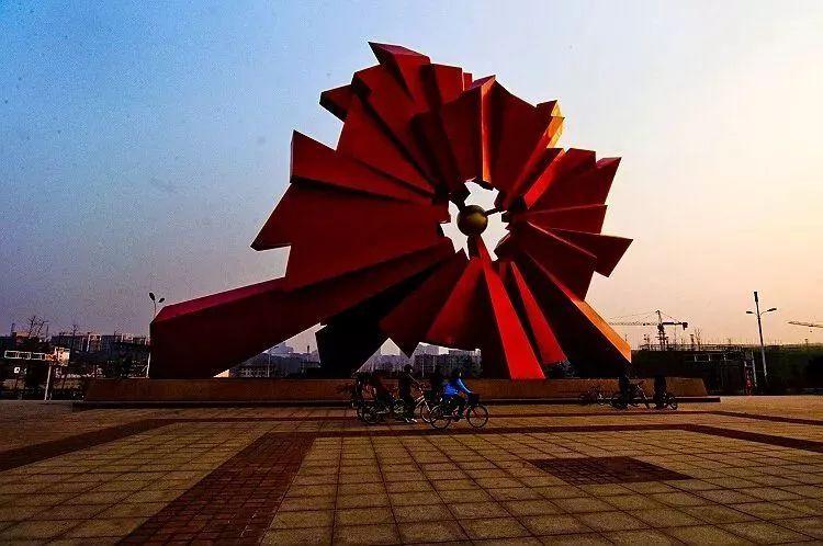湘潭市红盹�dy�^�_热烈祝贺湘潭成功入选第五届全国文明城市名单!