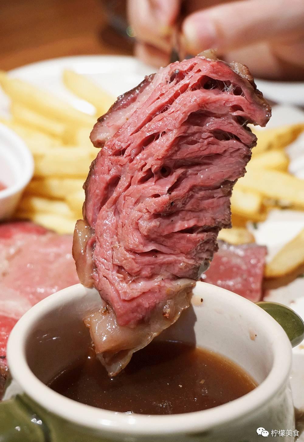 更适合食量大,无肉不欢的肉食控.