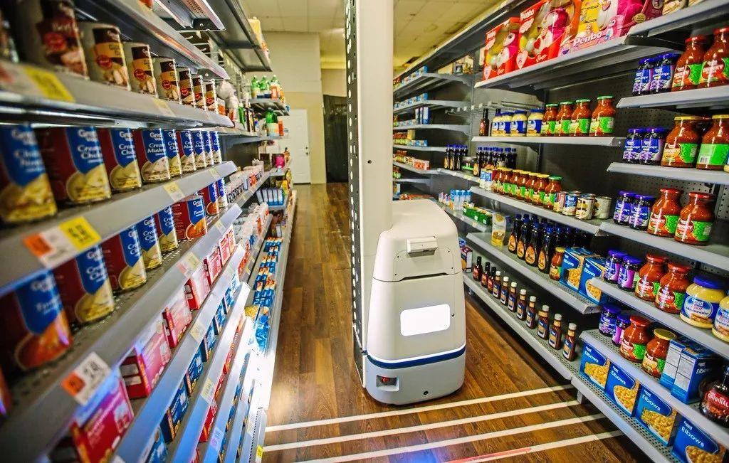 比起无人超市,部署一个货架扫描机器人或许来的更实际