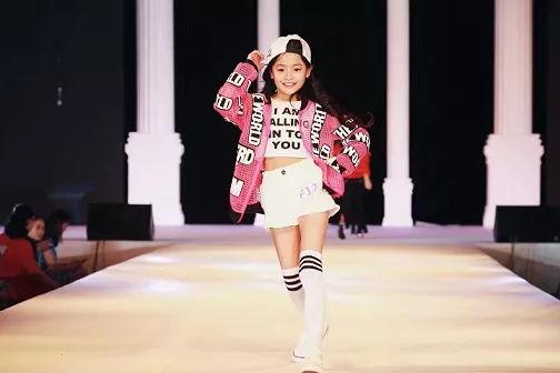 青岛调皮儿童摄影,cip国际少儿模特大赛青岛赛区唯一指定儿童品牌