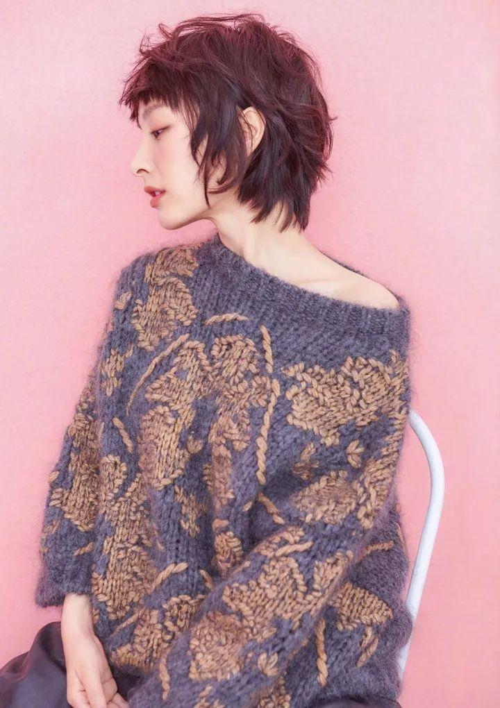 蓬松的短发造型,让吴昕有一种慵懒的时尚,精致的小女人形象展现,侧脸图片