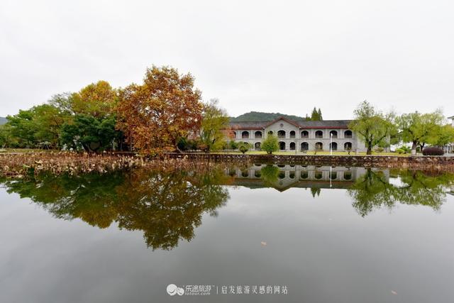 上虞春晖白马湖_中国最美春晖中学在上虞,围城的拍摄地