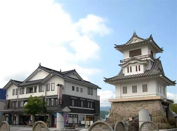 从东京出发:探访日本战国时代大名的城堡