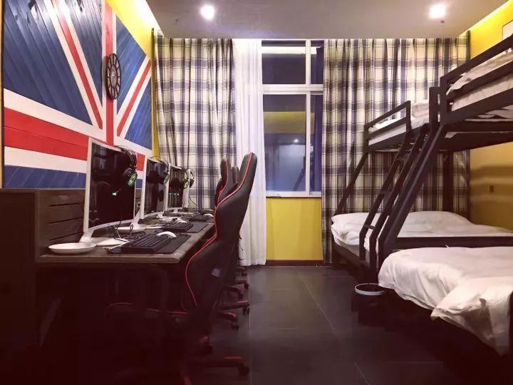 郑州首家电竞空间情趣!超大顶级,酒店v空间!开黑丝袜学生主题图片