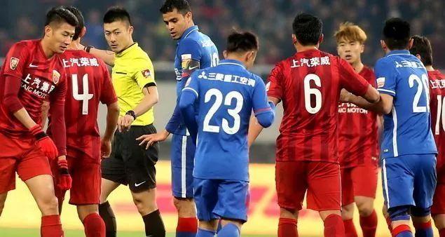 足协杯申花前瞻:特维斯or马丁斯?瓜林受伤出战成疑