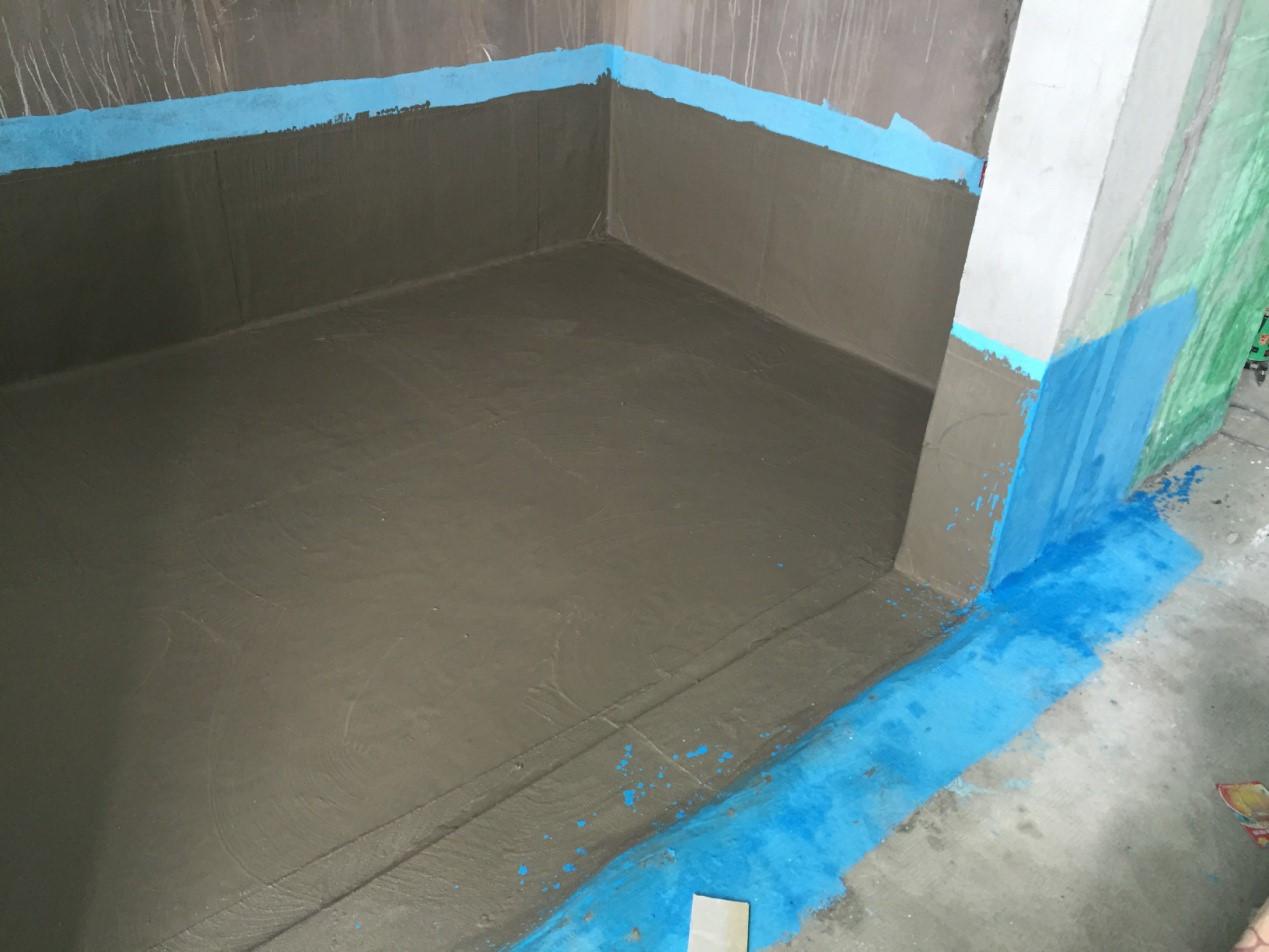 在装修时要选好材料选好工艺,防水一定要做好,同时还需要选择有凹凸