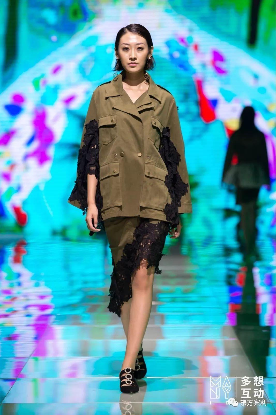 2017厦门国际时尚周| 东方宾利名模诠释dong de xi 的