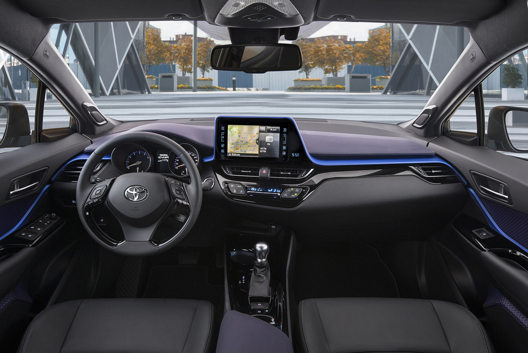 Suv for Interieur toyota chr