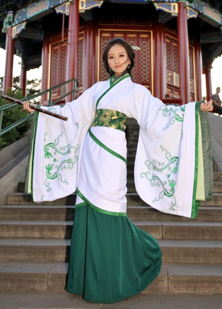 2.蒙古族服饰-大开眼界 中国最美的56套服装,太美了图片