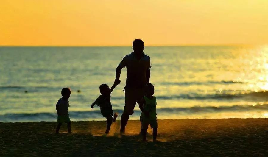 """""""知心姐姐""""卢勤:正确爱孩子的6种方法,家长越早知道越好,否则可能会害了孩子!"""