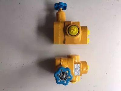 液压系统中各溢流阀:可抑制回路中的异常高压,以防止液压油泵及马达的图片