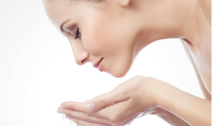 女人选什么祛斑方法效果好?揭秘有效的祛斑护肤方法
