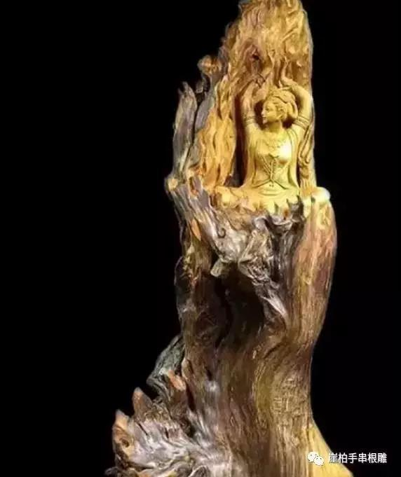 乐虎国际娱乐有什么技巧有取有舍在崖柏根雕进行创作中