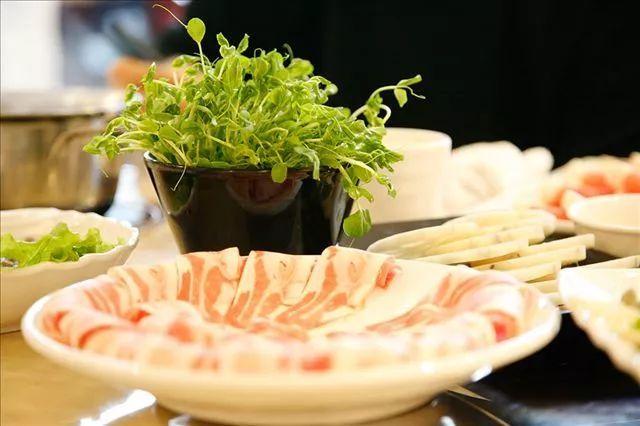 避开吃火锅常犯的6个错误,吃完不再上火,长痘,拉肚子