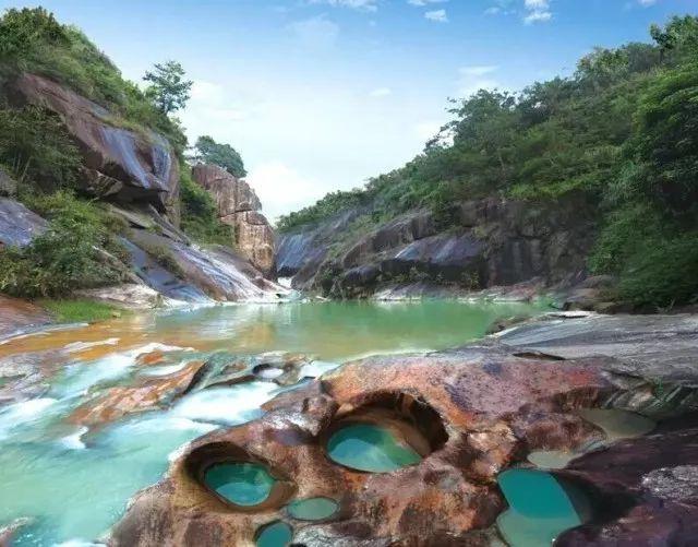 青岛名凤_冈河又名凤江河系发达桥梁众多被誉为滋养饶平子民的母亲河.