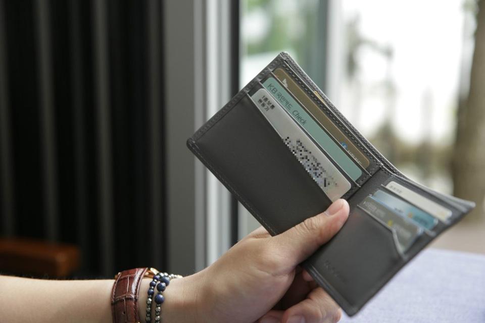 男女士真皮钱包牌子性价比高的品牌是什么?