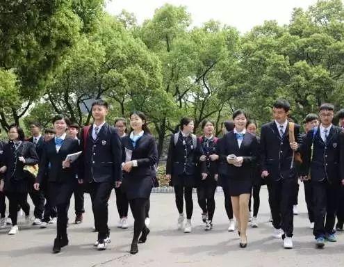 长沙这十所学校的 最美校服 秒杀国外校服 看看有你的学校吗图片