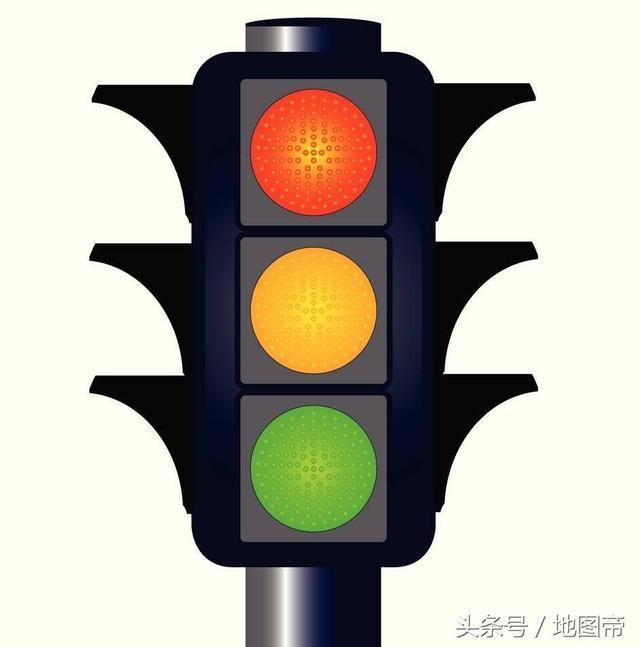 欧洲国家,车是人的1.5倍,没有红绿灯却从不堵车