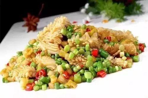 沈陽烹飪專業技術學校今日美食講堂——【酸辣魷魚花】