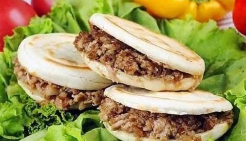 西安腊汁肉夹馍_旺销小吃: 西安腊汁肉夹馍