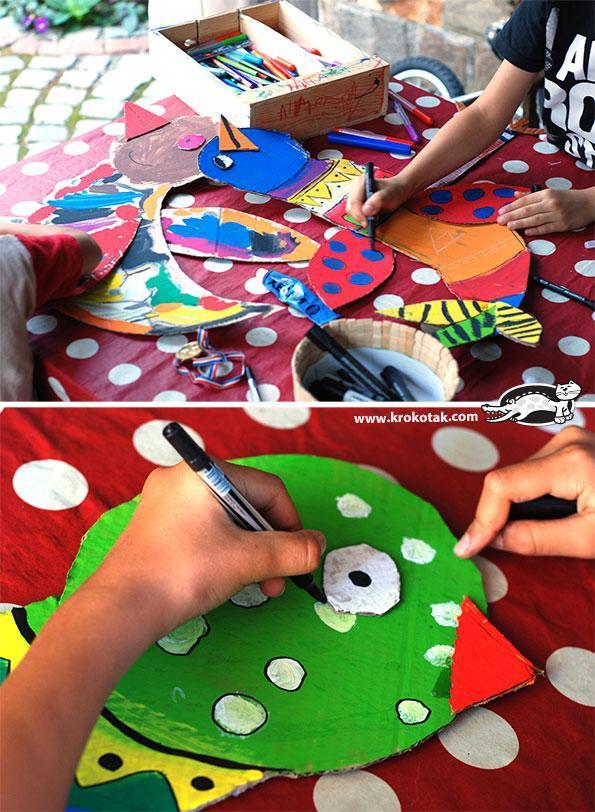 幼儿园废物利用手工教程:纸皮箱彩色鸟墙面装饰,什么