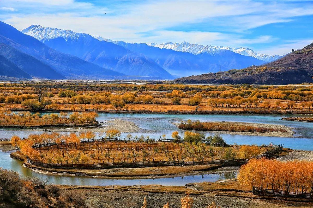 而到达圣地最美的风景,在川藏线,在318国道.