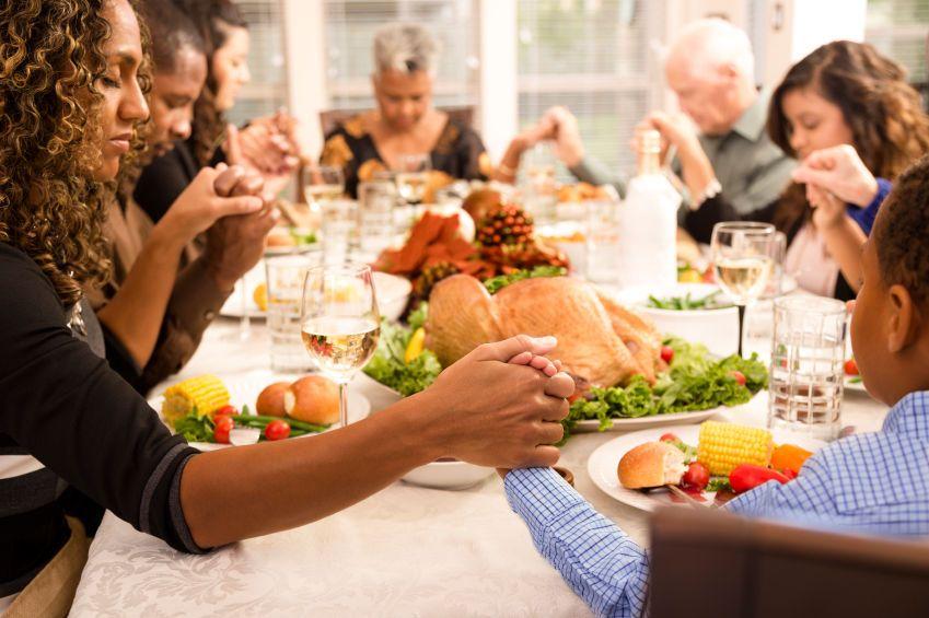7首感恩节英文歌曲,教孩子更好地表达爱和感谢