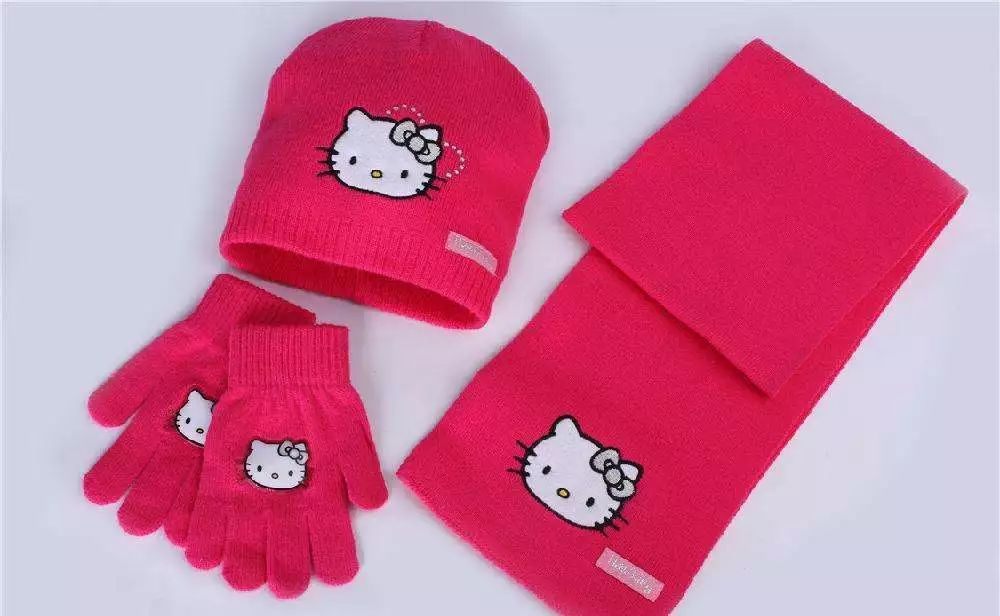 h捐赠物品:全新的儿童冬日温暖三件套 围巾+帽子+手套   这样的学校,以及喜欢冬天的孩子们,还有很多