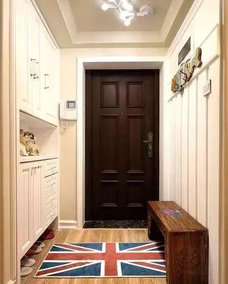 玄关不大,鞋柜这样设计多出1m的空间更实用!
