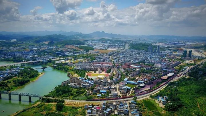 """雒容镇   太阳村镇   柳南区太阳村镇位于柳州西郊,素有   柳州""""西大门""""   之称."""
