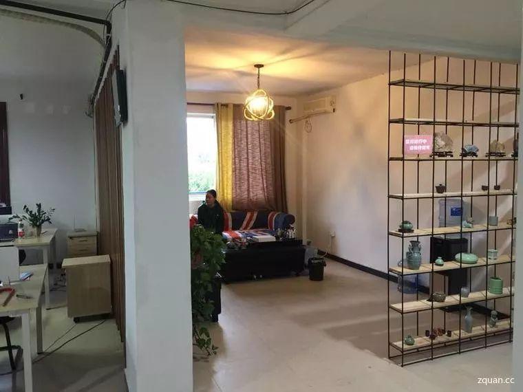 空间设办公区,茶水间,接待室,和休息室.里面设施齐全,可以现场看房.