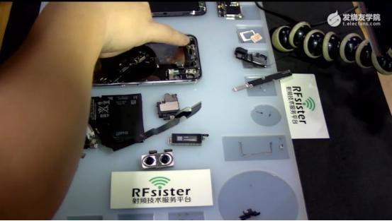 iphone4s gps天线_[深度]iPhone X拆机:堆叠式主板、天线设计等深度分析与解密(附 ...