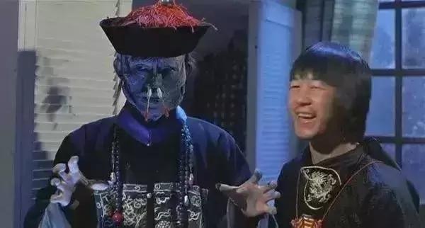 僵尸先生元华剧照_32年过去了,《僵尸先生》有哪些幕后故事?是巧合还是命运?