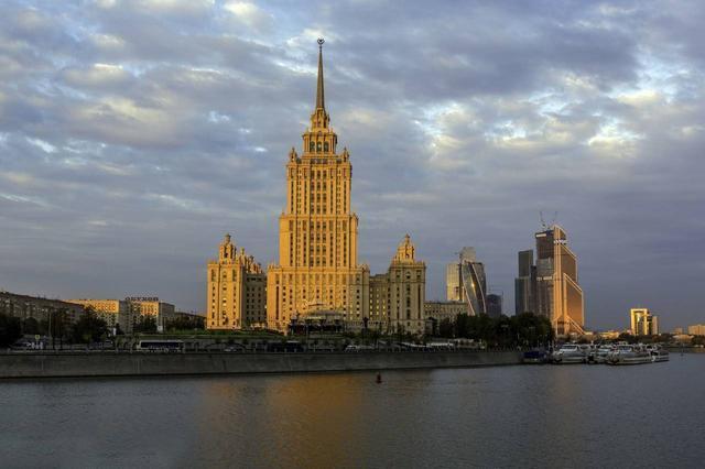 苏联时期gdp_苏联经济实力最强的时候国内生产总值(GDP)和同时期美国的对比
