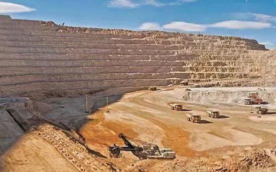 """坦桑矿区宣布修建""""长城""""!绝矿之前,坦桑石还能涨价多少?"""