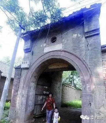 翟集村是2000多年来声名远播的米醋之村,以户为单位的米醋加工作坊