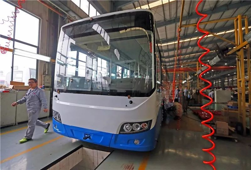 上海一半新能源公交客车产自松江,上海万象欲进军商用客车第一梯