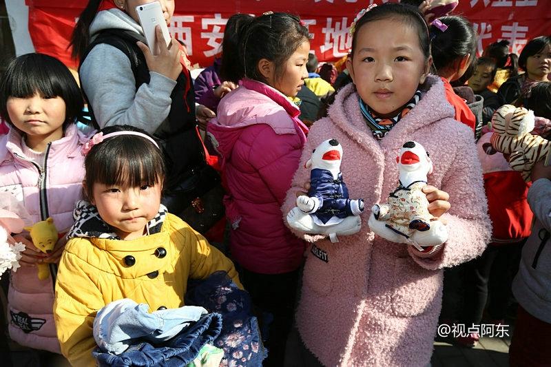 零贰玖公益携手爱心企业捐空调取暖  桥南留守儿童的冬天不再冷 - 视点阿东 - 视点阿东