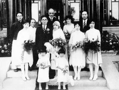 徐志摩与陆小曼结婚照图片