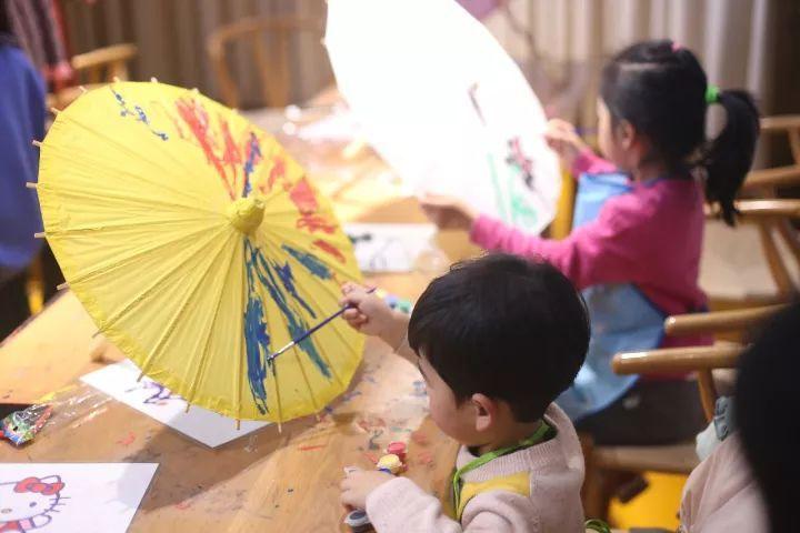 """【活动回顾】""""一伞一韵,蕙质兰心""""油纸伞彩绘diy活动报道"""