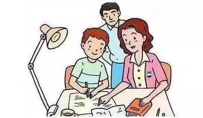 这样陪孩子写作业,真会毁了她!正确的做法是图片
