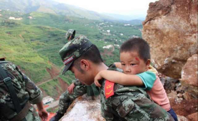中国武警机动师_你知道武警部队和解放军有哪些区别吗?