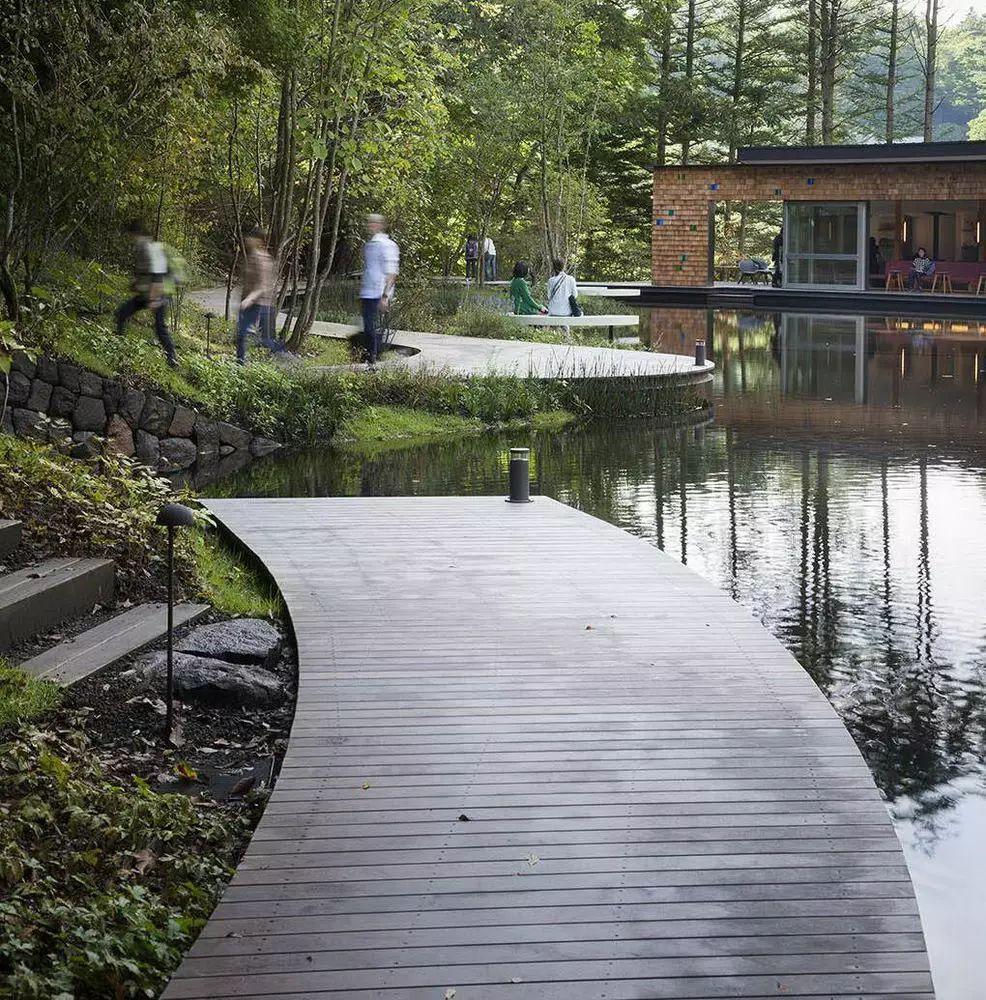 文化 正文  景观台也被广泛地运用于 堤岸,边坡,桥梁,地形变化等工程图片