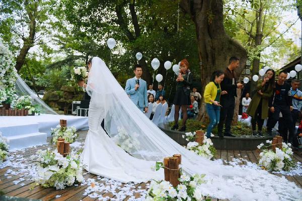 品牌租赁定制,德阳WOTON设计师文本婚纱婚纱设计自动化中华机械库图片