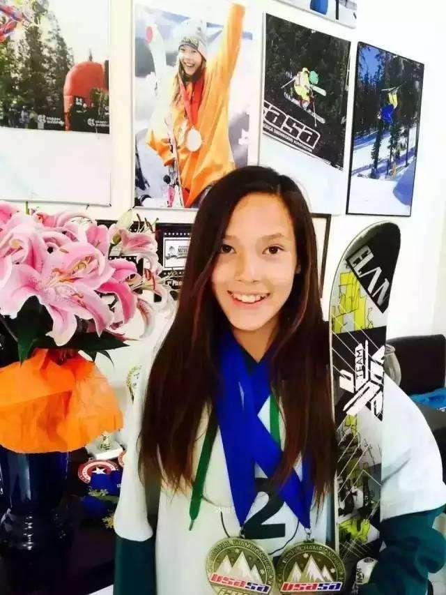 父亲白人母亲北京人 她称霸美国滑雪:我是中国人