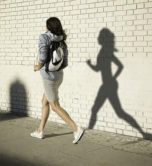 分手后,好运的姑娘都在坚持跑步
