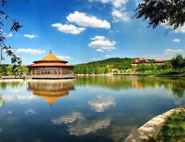 千山风景区,二一九公园,玉佛寺,鞍山市博物馆,鞍钢展览馆,西平森林