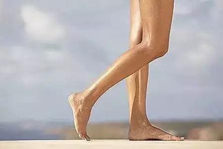 瘦肚脐的小腿有哪些,避开跑步生姜方法误区减肥法能放吗间用长时瘦腿图片