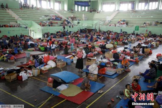 印尼总统佐科呼吁阿贡火山周边居民寻求庇护